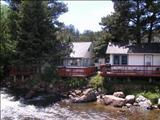 Photo of the Whispering Pines Cottages On the River camping