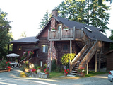 Photo of the Elk Lake Chalet Bed & Breakfast  bed & breakfast