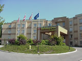 Photo of the Holiday Inn Express Hotel & Suites Langley camping