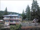 Photo of the Bathgate General Store Resort & Marina
