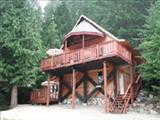 Photo of the Stay Shuswap Cottages and Chalet