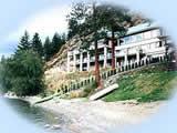 Lakeside Illahee Inn